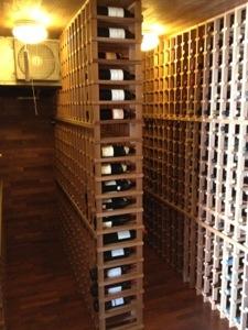 ワインセラー室。1200本は入るとかなんとか