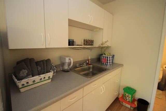 ハワイカイ戸建ゲストルーム 現在のキッチン