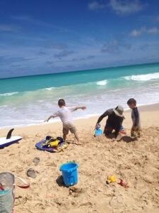 昨日は完全オフでファミリーでさくっと地元のビーチへ。空いてますよー。