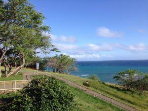 ハワイで大家:ダイヤモンドヘッドにて久々の波乗り。風があったけどやっぱ海はいいですねー。