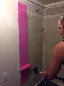 ハワイでリフォーム:レッドガードを塗布開始!