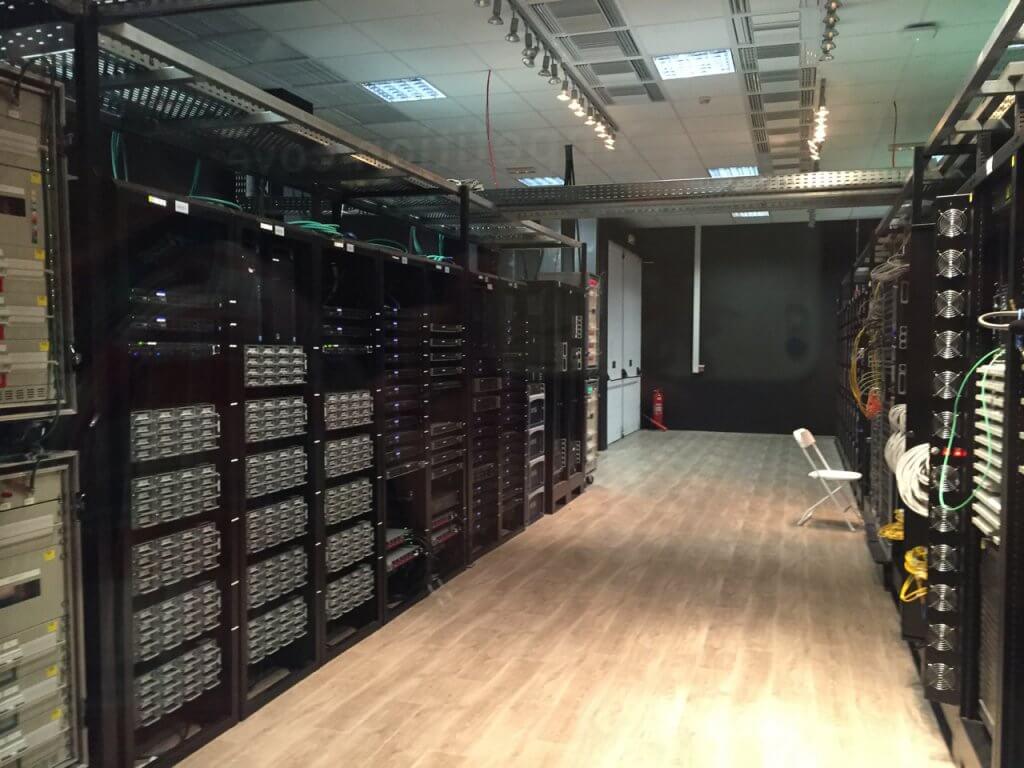 ハワイで大家:リオ五輪 国際放送センターのデータセンター