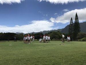 ハワイで大家:パットの練習。2パット死守を教え込まれています